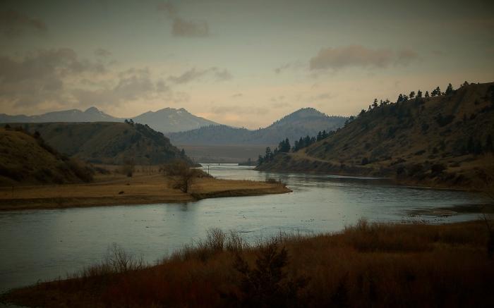 missouri-river-early-february-2015